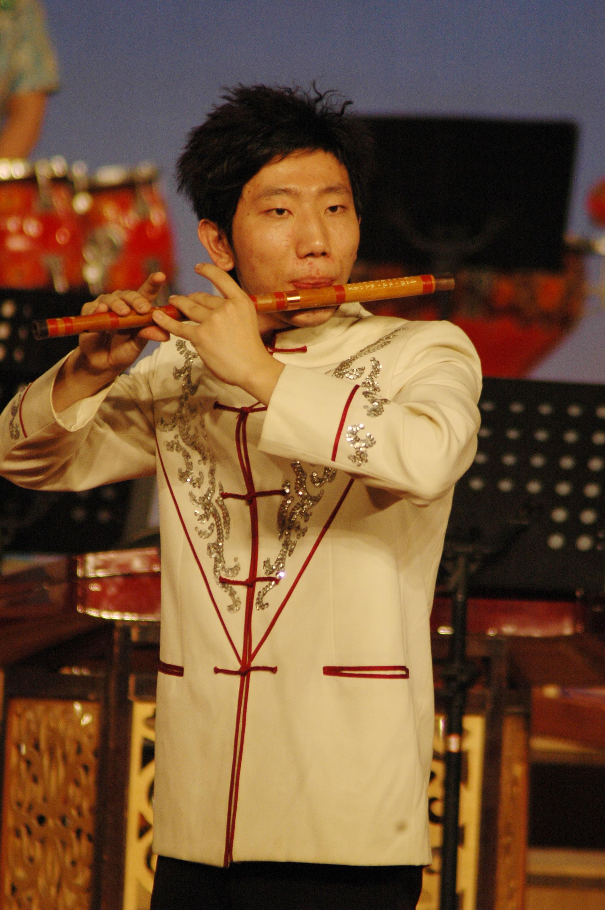 笛子独奏《春到湘江》